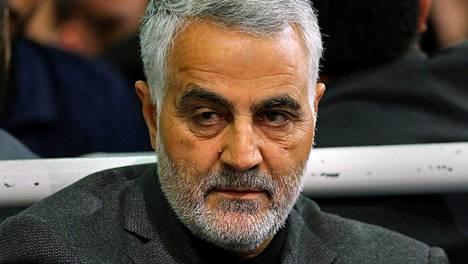 Yhdysvaltojen ilmaiskussa kuollut iranilaiskenraali Qassim Suleimani.
