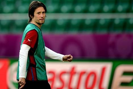 Tomáš Rosický on ollut vuosia Tšekin maajoukkueen avainpelaajia. Hänen uraansa ovat varjostaneet loukkaantumiset.