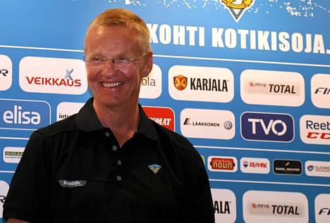 Lev Prahan Kari Jalonen valmentaa Leijonia ensi kaudella. Pesti julkistettiin viime kesäkuussa.