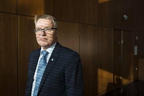 """Kaupunkineuvos Kari Nenonen on valittu vuosikymmenen kuntajohtajaksi. """"Arvostan, että valinnan ovat tehneet kuntajohtajat"""", Nenonen sanoo."""