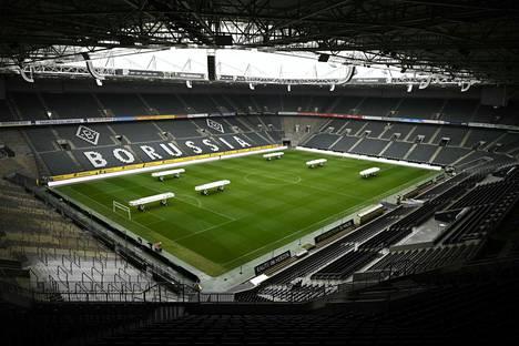 Borussia Mönchengladbachin kotistadion on ollut tyhjillään jo yli kuukauden, kun Saksan Bundesliiga on ollut tauolla.