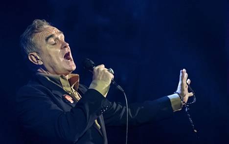 Morrissey esiintyi Flow-festivaalilla Helsingissä elokuussa 2016.