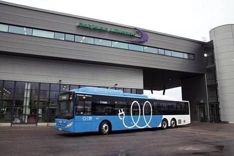 Ensimmäiset 15-metriset sähköbussit alkavat kulkea kahdella seutulinjalla tammikuussa.