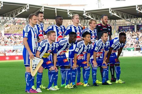 HJK kohtasi tällä avauskokoonpanolla Astanan Mestarien liigan kolmannen karsintakierroksen kotiottelussa. Tästä avauskokoonpanosta on ainakin kuusi pelaajaa poissa HJK:n ensi kauden joukkueesta.