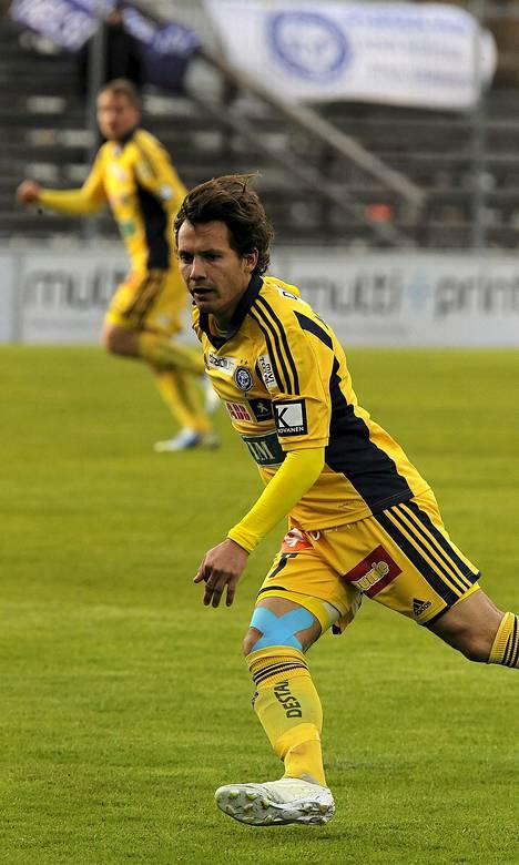 Sebastian Mannström ratkaisi maaleillaan voiton HJK:lle.