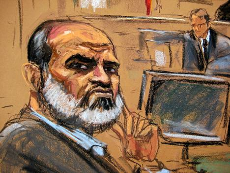 Oikeussalipiirros esittää tilannetta, jossa Suleiman Abu Ghaith kuunteli tuomaria oikeussalissa New Yorkissa maanantaina.
