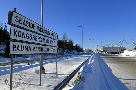 Rauma Marine Constructions -telakka käynnistelee jälleen toimintaansa koronavirustartuntojen aiheuttaman sulun jälkeen.