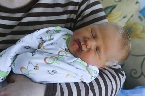 Vauvat vaihtuivat Keski-Suomen keskussairaalassa maaliskuussa 2013.