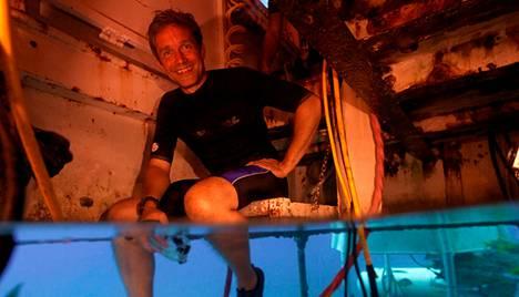 Fabien Cousteau vedenalaisessa Aquarius-laboratoriossa.
