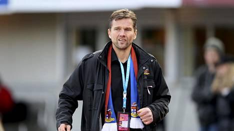 Joni Vesalainen on työskennellyt aiemmin muun muassa Veikkausliigassa pelanneen JJK:n toimitusjohtajana.