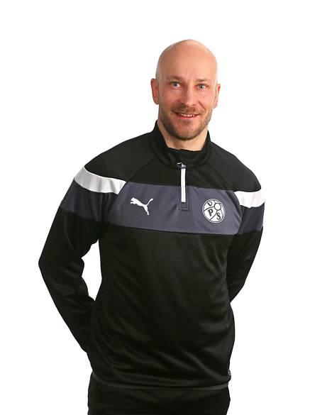 Jani Sarajärvi on toiminut apuvalmentajana VPS:ssä ja HJK:ssa.