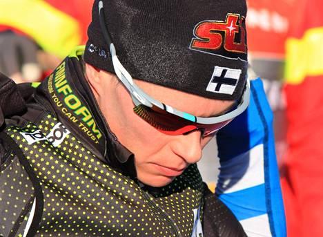 Matti Heikkinen matkusti sunnuntaina muutamaksi päiväksi kotiin Jyväskylään ja saapuu Faluniin torstaina. Ensimmäinen MM-startti on lauantaina 30 km:n yhdistelmäkilpailussa.