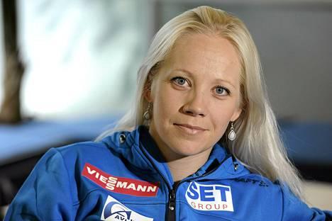 Ampumahiihtäjä Kaisa Mäkäräinen sijoittui lauantaina Östersundin maailmancupin osakilpailussa kolmanneksi.