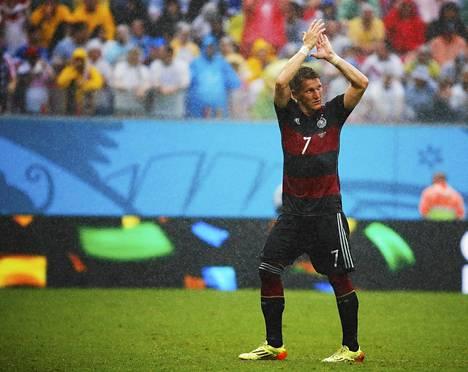 Bastian Schweinsteiger ei anna haastatteluita.