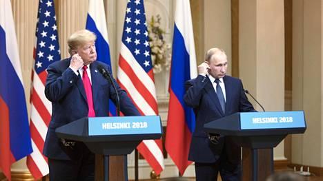 Donald Trump ja Vladimir Putin tapasivat Presidentinlinnassa.