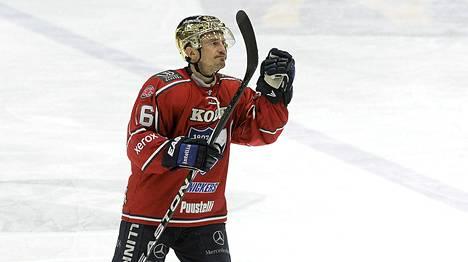 Ville Peltonen on viime vuodet kuulunut Liigan parhaiten palkattujen pelaajien joukkoon.