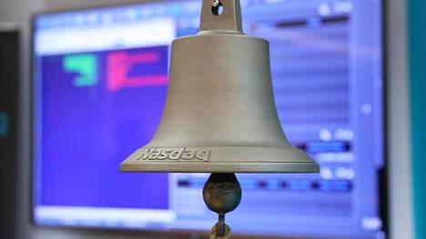 Kun yritys listautuu, soitetaan Helsingin pörssissä listautumisen merkiksi kelloa.