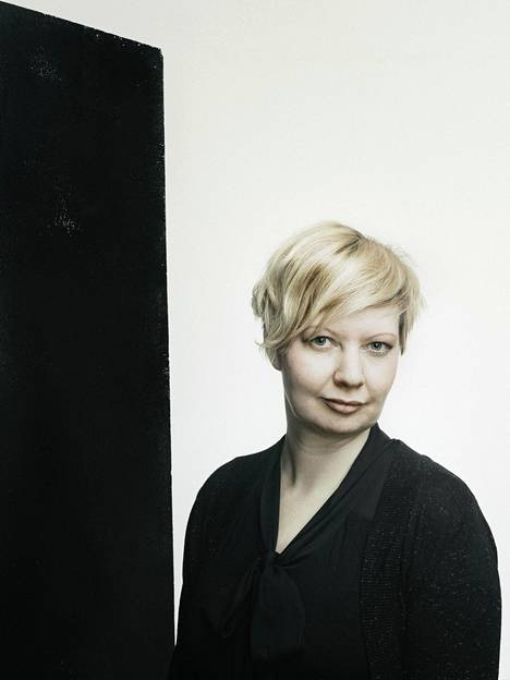 Marianna Kurtto asuu ja työskentelee parhaillaan Eeva Joenpellon kirjailijakodissa Sammatissa.