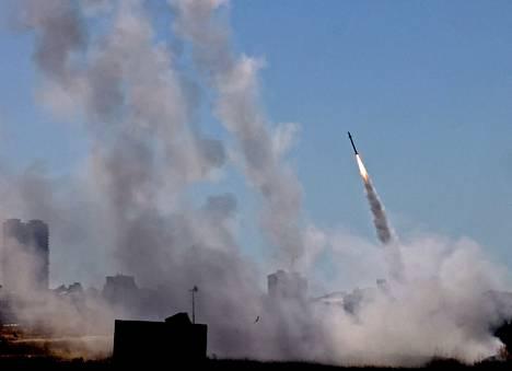 Ohjustorjuntajärjestelmä aktivoitui Israelin eteläosassa sijaitsevassa Ashdodin kaupungissa keskiviikkona.