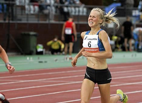 Oona Kettunen juoksi Joensuun Eliittikisoissa kesäkuussa.