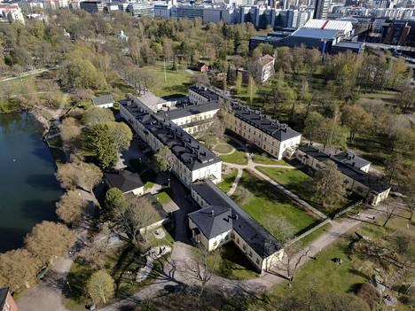 Kiinteistösijoitusyhtiö Nrepin suunnitelmat Lapinlahden sairaalaan sekä sitä ympäröivään puistoon uudisrakennuksineen ovat herättäneet tulevat kesäkuussa vielä poliitikkojen arvioitavaksi.
