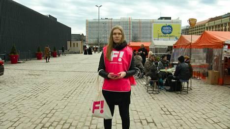 Tuuli Kamppila oli feministisen puolueen eduskuntavaaliehdokkaana keväällä 2019.