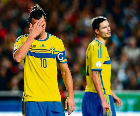 Zlatan Ibrahimovićia ja muita Ruotsin pelaajia ei nähdä Brasilian MM-turnauksessa.