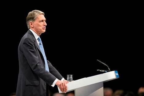 Britannian puolustusministeri Philip Hammond puhui konservatiivipuolueen kokouksessa sunnuntaina.