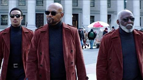 Vuoden 2019 elokuvassa tavataan Shafteja kolmessa polvessa: JJ Shaft (Jessie Usher, vas.) John Shaft (Samuel L. Jackson) ja John Shaft, Sr. (Richard Roundtree).