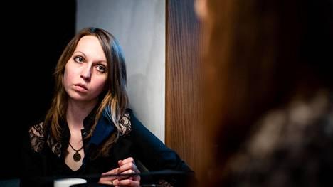 Snežana on toiminut sijaissynnyttäjänä. Nyt hän työskentelee sijaissynnyttäjiä etsivässä agentuurissa.