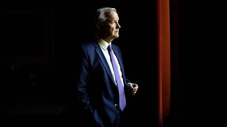 """""""Eurokriisin keskeisin opetus on, että yhteisillä toimilla voidaan estää taloudellisen kriisin kärjistyminen ja suurtyöttömyys, jos toimitaan nopeasti ja viisaasti. Jos taas viivytellään ja nojaudutaan vain kansallisiin ratkaisuihin, kriisi kärjistyy pahemmaksi"""", sanoo Suomen Pankin pääjohtaja Olli Rehn."""
