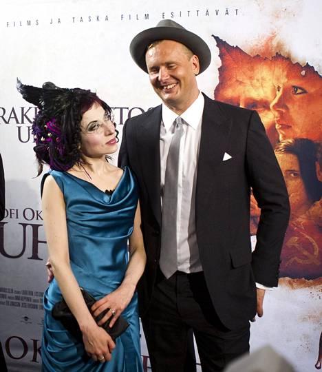 Kirjailija Sofi Oksanen ja ohjaaja Antti Jokinen Oksasen kirjaan perustuvan Puhdistus-elokuvan ensi-illassa Tallinnassa elokuussa 2012.