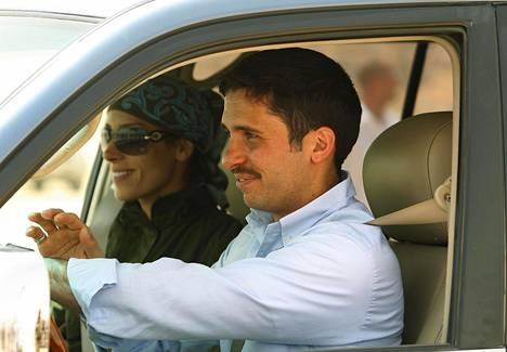 Prinssi Hamzah bin al-Hussein ja hänen puolisonsa prinsessa Basma vuonna 2012.