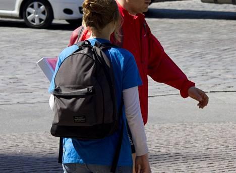Feissaaminen on yleistä Helsingin kaduilla.