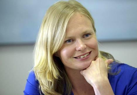 Kansanedustaja Hanna Kosonen (kesk) toimi tiede- ja kulttuuriministerin sijaisena noin vuoden ajan.