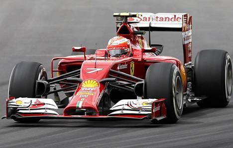 Kimi Räikkönen ajoi Brasiliassa seitsemänneksi.