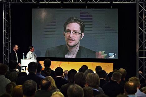 Edward Snowdenia haastateltiin videon kautta Messukeskuksessa huhtikuussa 2016.