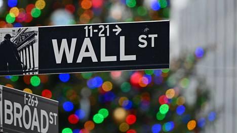 Joe Bidenin presidenttikauden aloitus sysäsi pörssit nousuun.