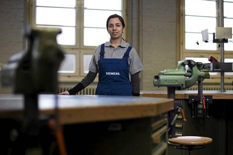 """Kreikkalainen konetekniikan harjoittelija Emmanuela Miliori osallistui Siemensin työpajaan Berliinissä helmikuussa. """"Tutkinnon jälkeen haluaisin palata takaisin Kreikkaan hyödyntämään taitojani siellä"""", hän sanoi."""