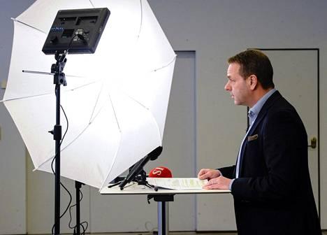 Pormestari Jan Vapaavuori on pitänyt useita tiedotustilaisuuksia helsinkiläisille poikkeusajan aikana.