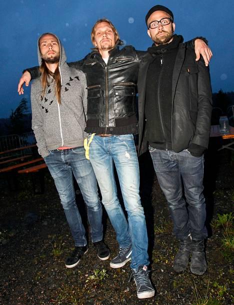 Von Hertzen Brothers esiintyy Radio City rokkaa -tapahtumassa Mäntymäen kentällä. Menotiedot Keikat-osiossa.