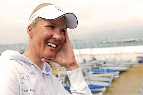 Sari Multala Weymouthissa englantilaisissa merimaisemissa.