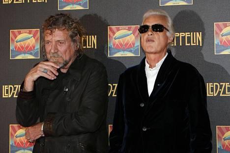 Led Zeppelinin laulaja Robert Plant ja kitaristi Jimmy Page joutuvat uudelleen oikeuteen. Kuva Lontoosta vuodelta 2012.