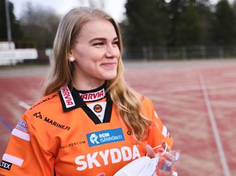 Eeva Mäki-Maukola löi Kirittärille avausjaksolla kunnarin.