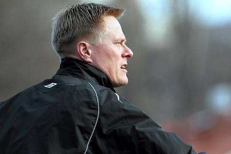 Tommi Kautosen valmentamat alle 20-vuotiaat kärsivät tappio Unkarissa. Kuva vuodelta 2011.