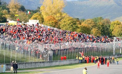 Syksyllä 2007 Ferrari-mieliset kokoontuivat Mugellon radalle Ferrari-päivän merkeissä.