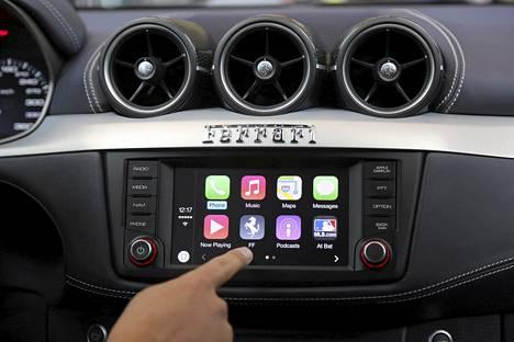 Apple esitteli Carplay-ohjelmistoaan viime kesän kehittäjätapaamisessa San Franciscossa.