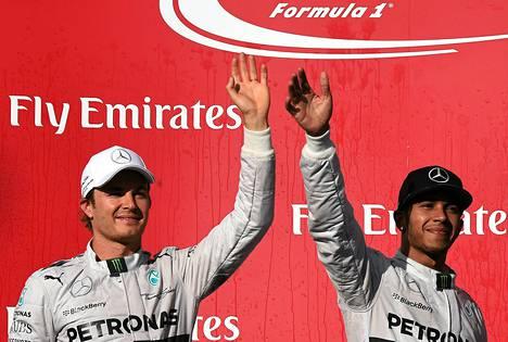 Nico Rosberg ja Lewis Hamilton jatkavat MM-taistoa seuraavaksi Brasiliassa.