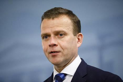 Petteri Orpo sanoi lauantaina, että autoverotusta kevennetään jonkin verran asteittain niin kuin hallitusohjelmassa on luvattu. Muuten autoverotukseen ei ole odotettavissa muutoksia tällä vaalikaudella.