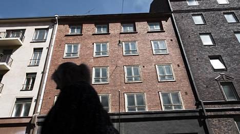 Neitsytpolku 1 A oli yksi kiinteistö niiden 64:n joukossa, jotka Venäjä luovutti